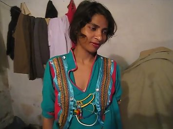 Juicy Pakistani Wife Sex With Husband