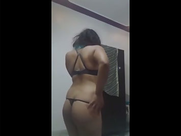 Spicy Indian Babe In Black Lingerie