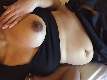 Indian MILF Got Big Juicy Boobs