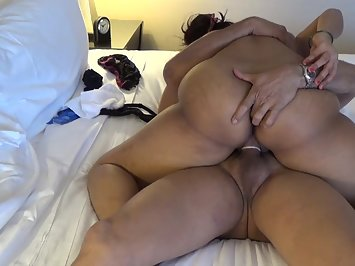 Desi Aunty Riding Lover Big Meat
