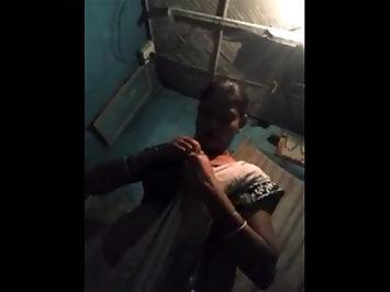 Plumpy Indian MILF Anamika Bhabhi